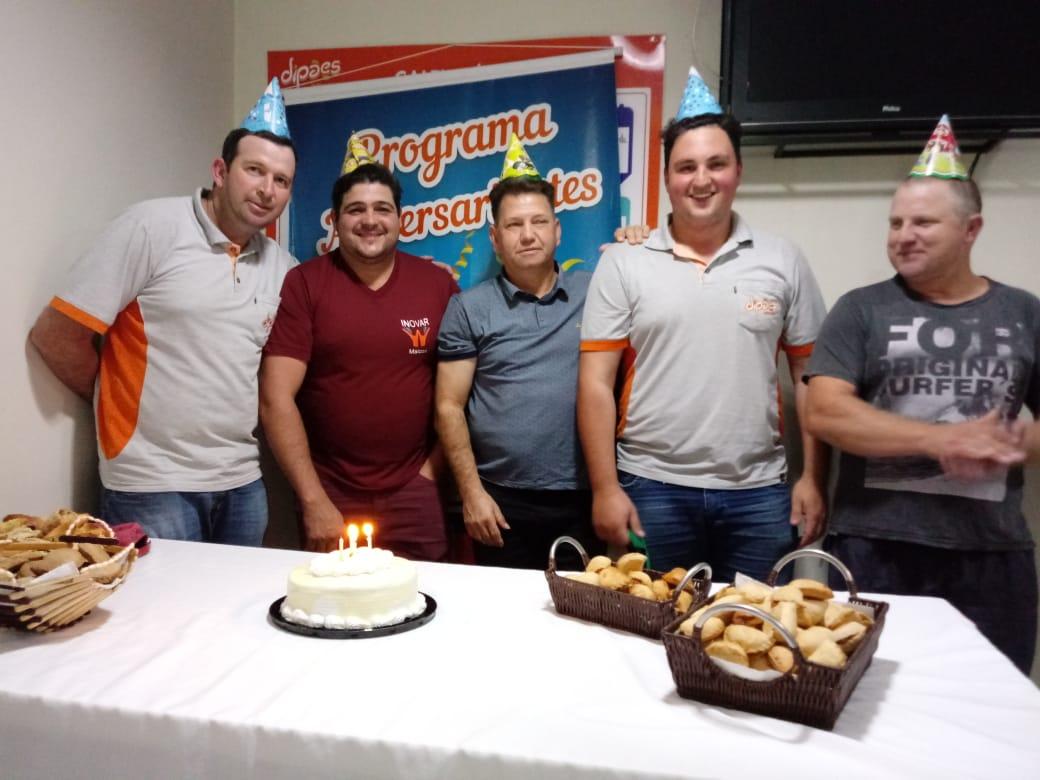 Dipães Matriz homenageia aniversariantes do mês de Maio do Setor de Transportes