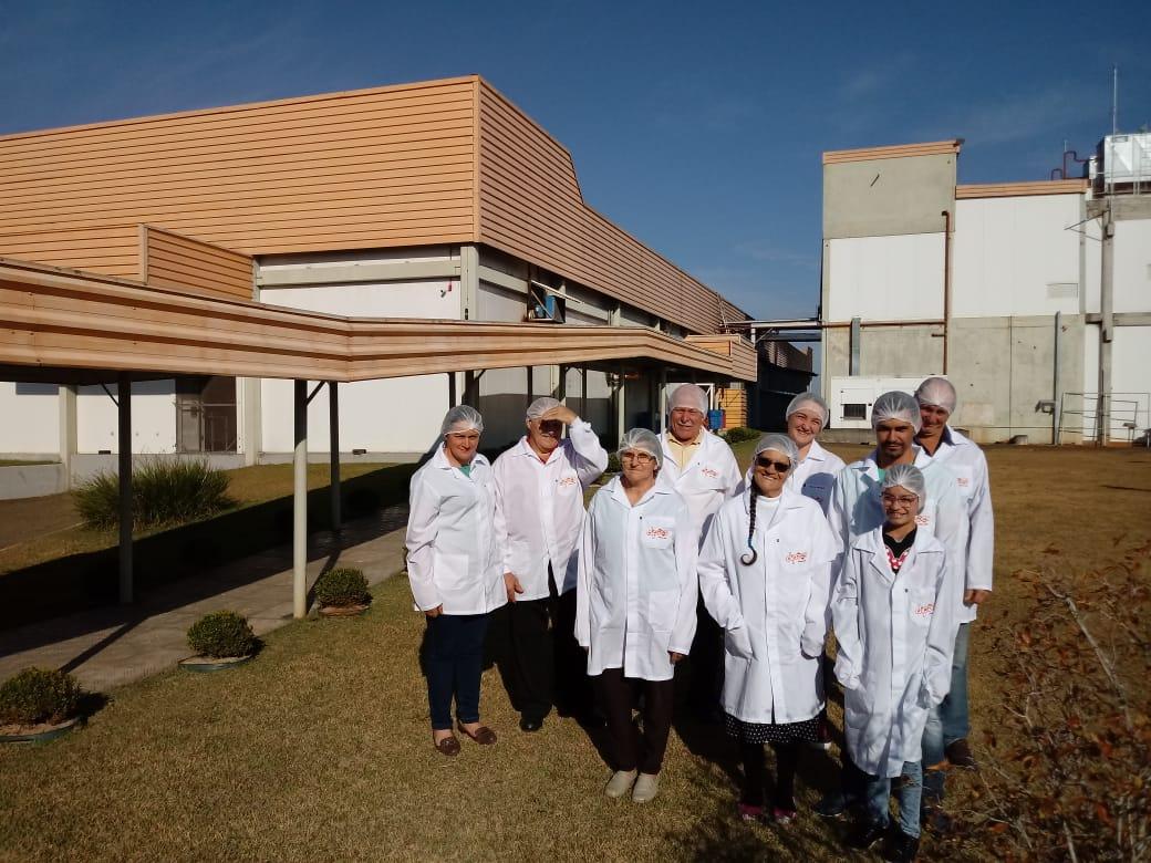 1ª turma de familiares de colaboradores realizam visita técnica à Dipães